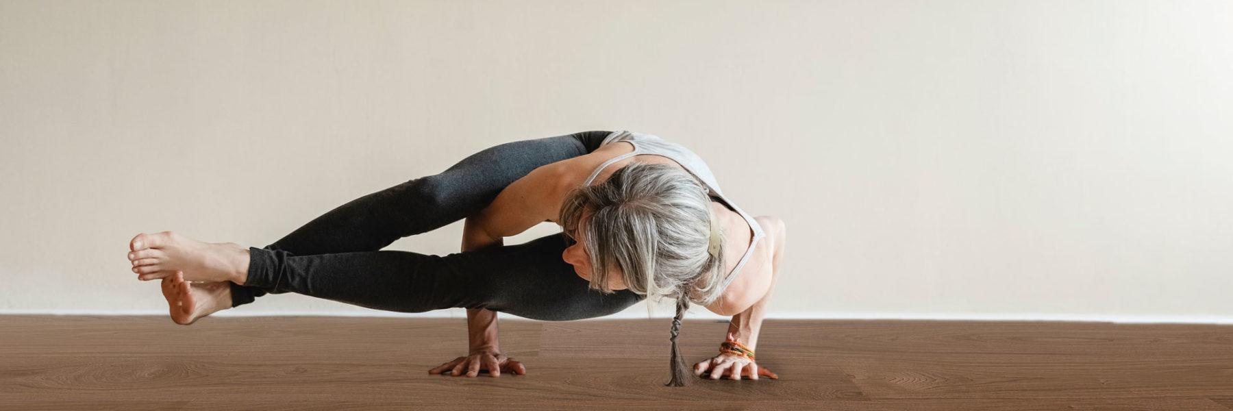 systemloesungen-header-parkett-yoga-holzboden